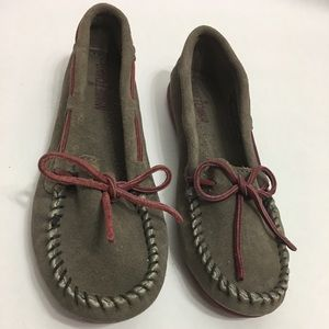 Minnetonka Limited edition suede boat Moc Size5